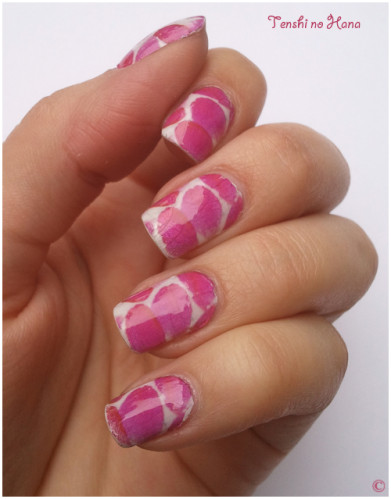 nail decals pétales roses 4