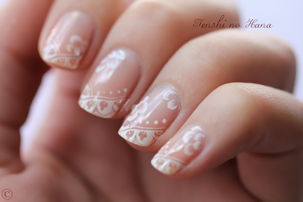 French dentel e et one stroke blanc nail art de la fib nature nails nails art - Deco french manucure ...