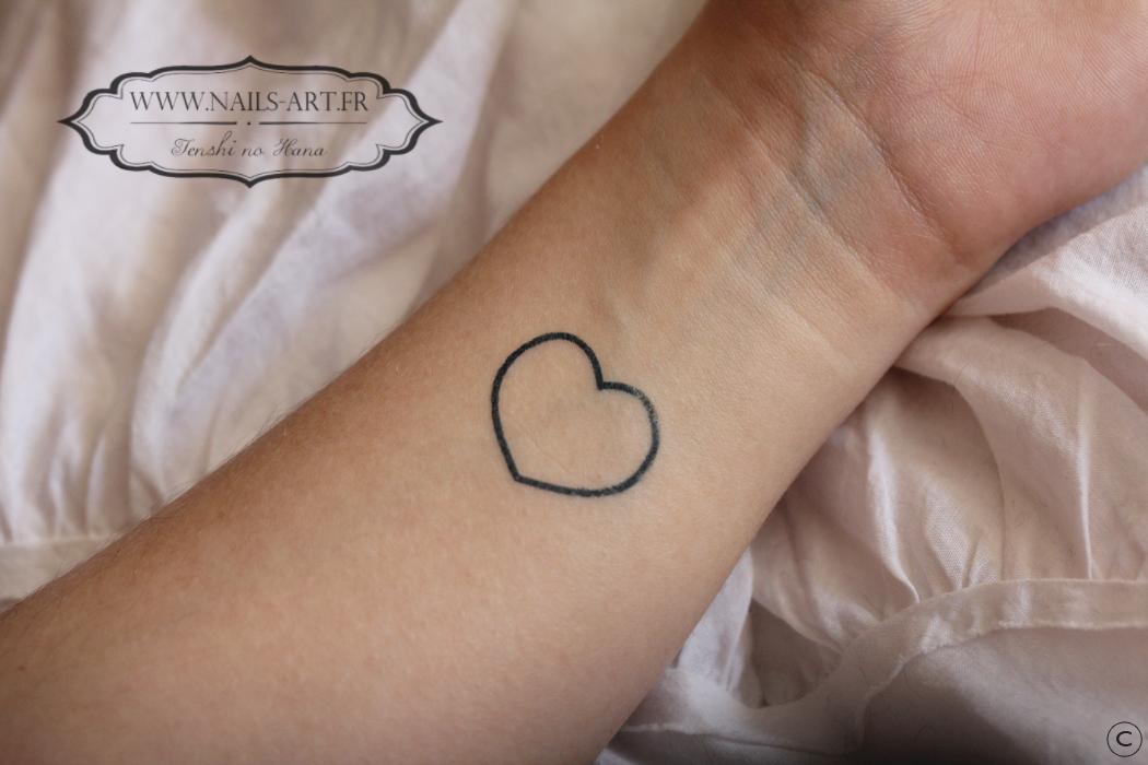 j ai test les tatouages temporaires tem nature nails nails art. Black Bedroom Furniture Sets. Home Design Ideas